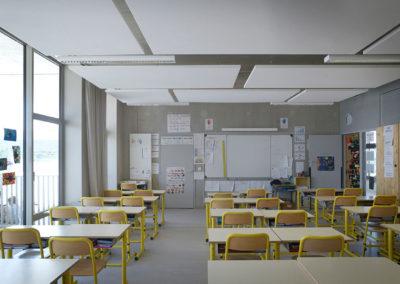 Ecole élémentaire pomme de pin